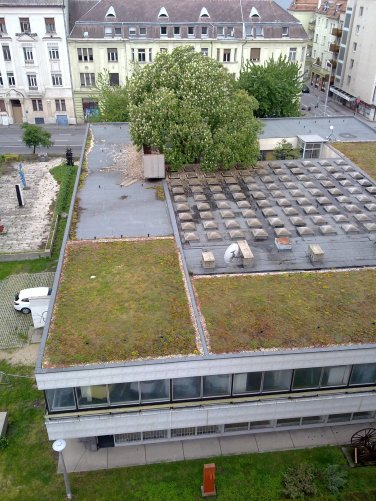 Az épület felülnézetből. (fotó: HG)