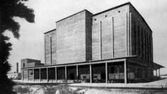 280 w-os győri hűtőház a megépülése után. (forrás: MÉ 1955/7-8.)