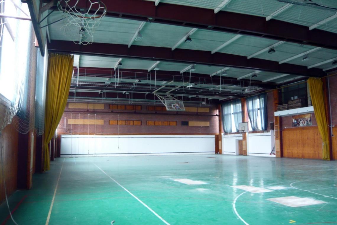 A tornacsarnok 1975-ben épült, tervezője Winkler Gábor. (fotó: HG)