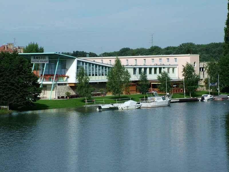 A csónakház ma vendéglőként és szállodaként működik. Eredeti formája több helyen jelentősen átalakult. (forrás: link)