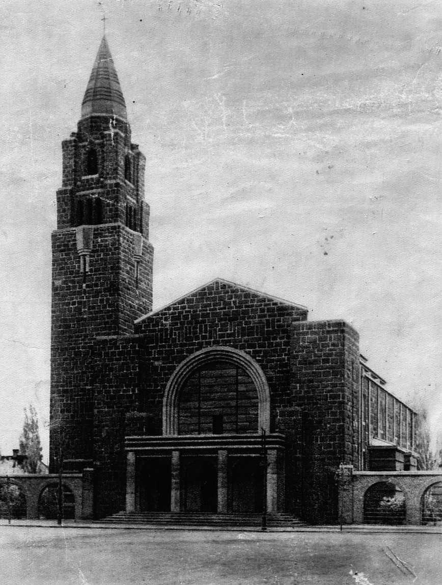 A templom a két világháború között. (fotó: archív)