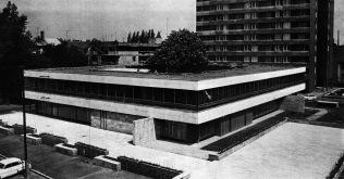 Az Ifjúsági ház. (forrás: MÉ 1974/1)