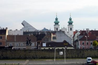 """""""Győrnek nagyon szép tornyai vannak, és az általunk választott forma nem növelte városunknak ezt a szépségét."""" (fotó: HG)"""
