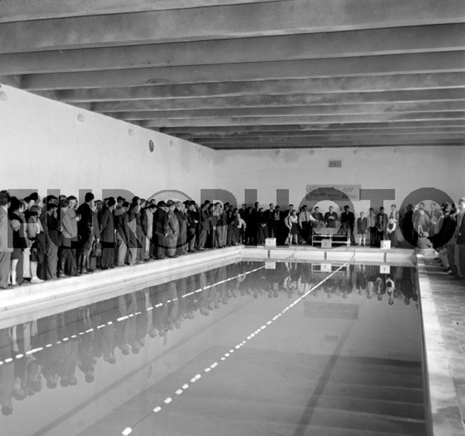 Az 1957-ben átadott új 25 méteres medence. (forrás: EUROPHOTO)