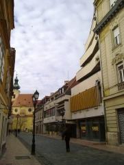 A házsor a Baross utca felől. (fotó: HG)
