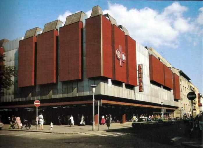 Arrabona Skála aruház, Győr.