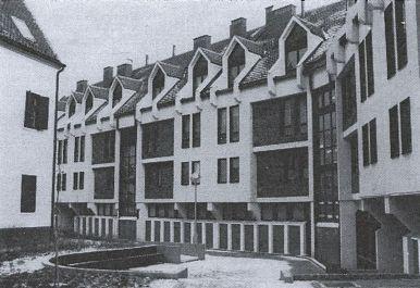 Az Újvilág utcai épület belső udvari homlokzata archív képen. (forrás: Városépítés)