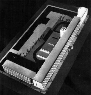 A leendő beépítés makettjének fotója. (forrás: GYŐRITERV-es kiadvány)