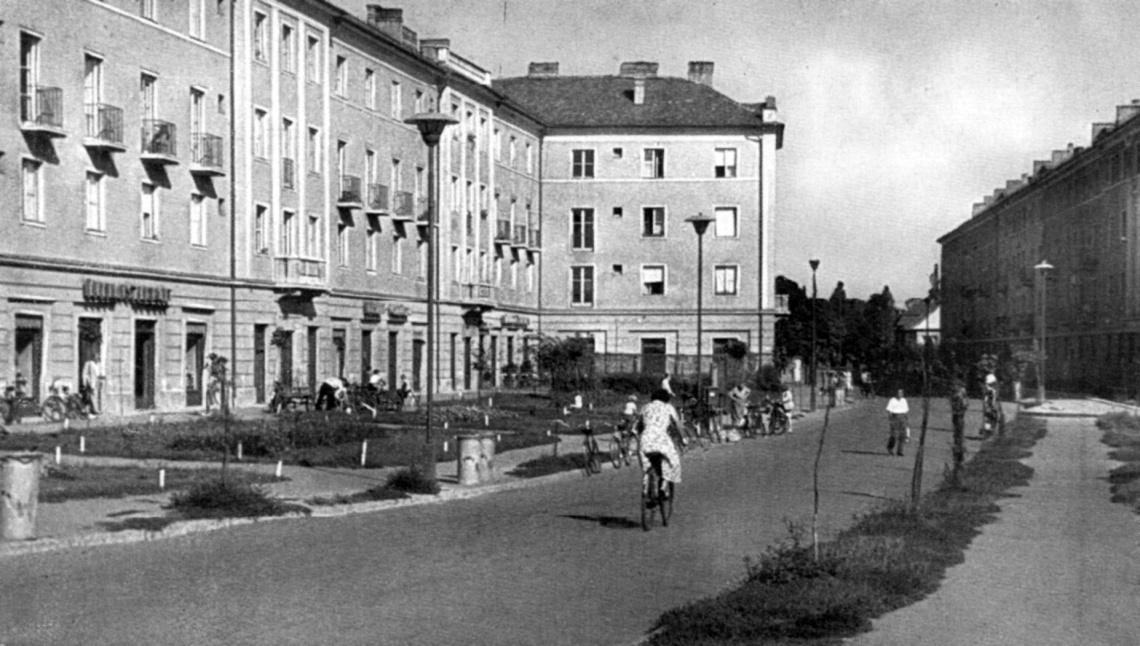 Életkép a hatvanas évek elejéről. (forrás: Győri képeskönyv)