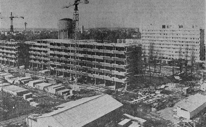 Az építés 1980 körül. (forrás: archív újságcikk)