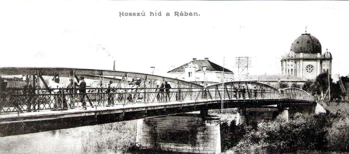 Az acélszerkezetű Hosszú híd 1892-re készül el Újváros és Győr fejlődő déli részét összekötve. (forrás: Képeslap)