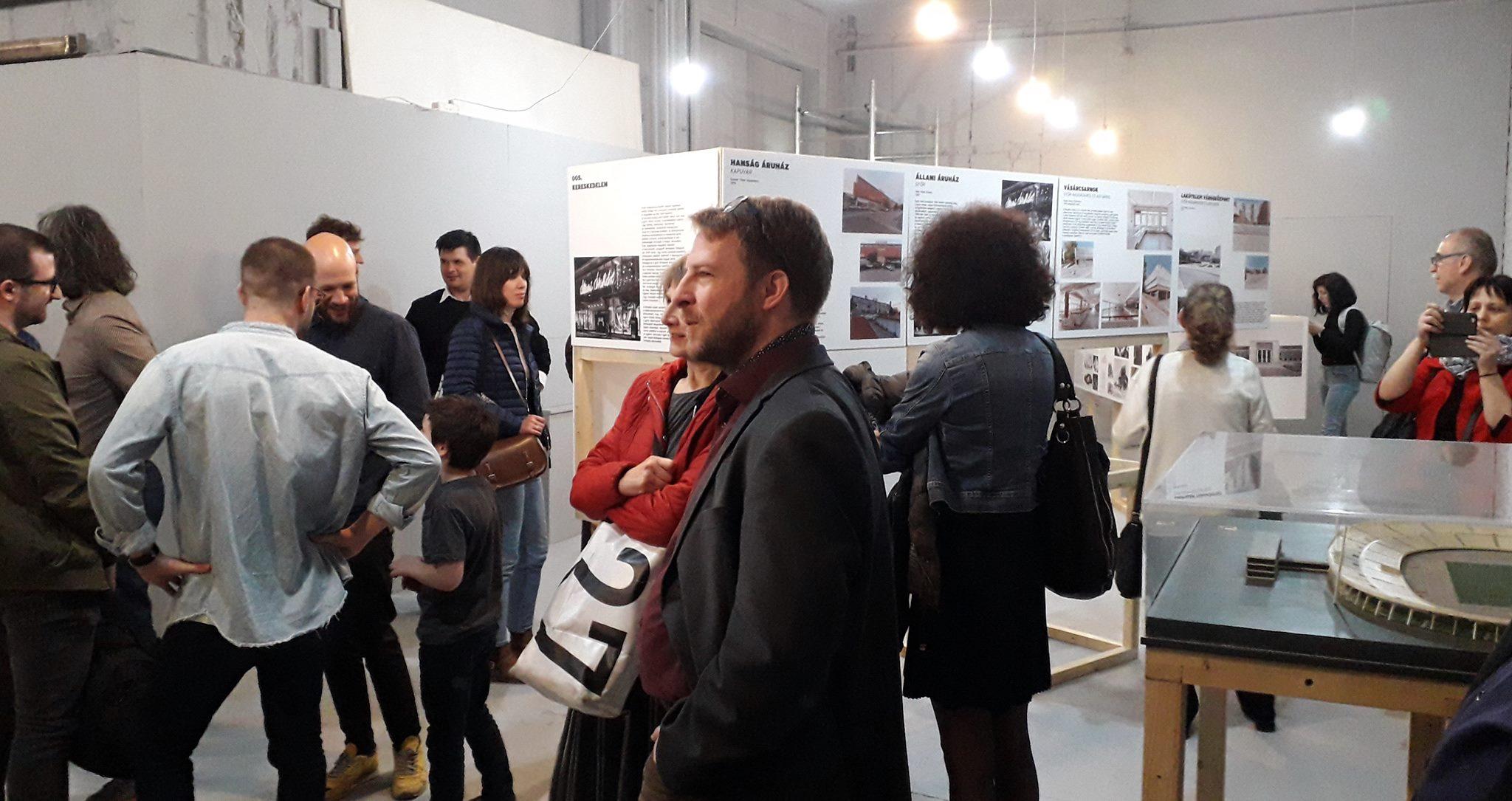 A kiállítás megnyitója